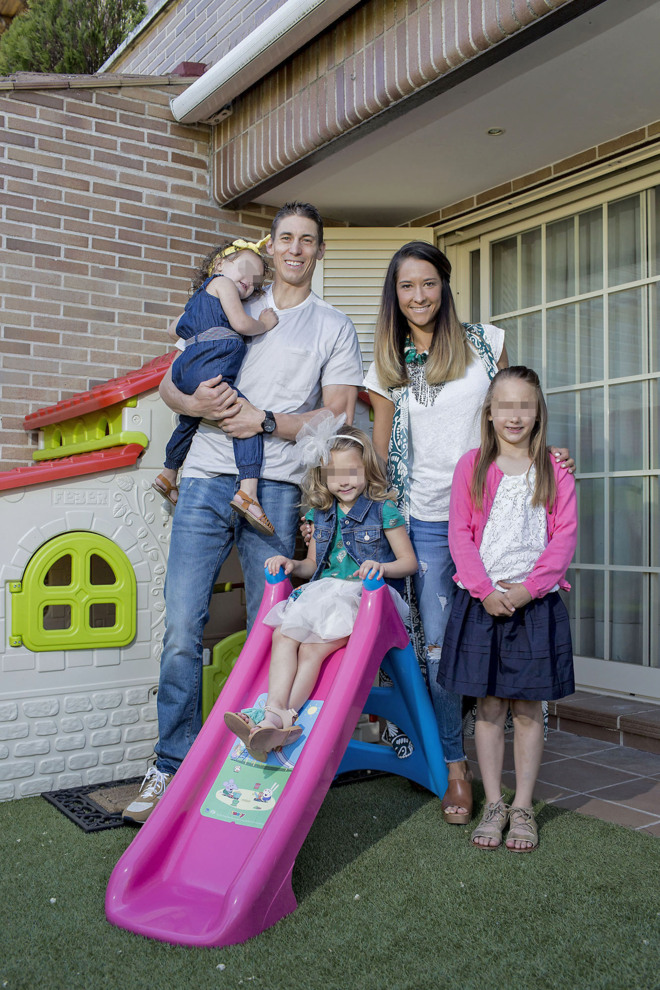 Jaycee Carroll, junto a su mujer Baylee y sus tres hijas (12/05/2016)