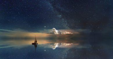 Velero bajo el cielo estrellado (Fuente: Pixabay.com - jplenio)